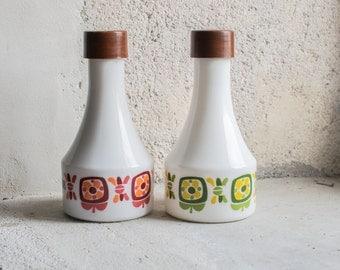 Vintage French Oil & Vinegar Bottle Set // 1970 Milk Glass Arcopal // Retro French Kitchen