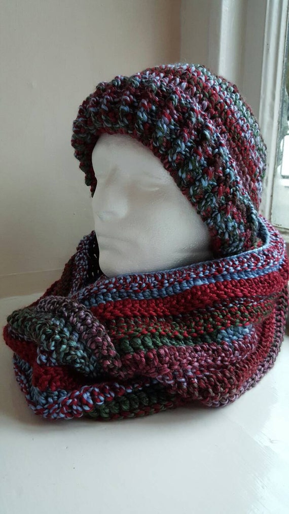 handmade crochet hat and scarf cowl set made in snowdonia