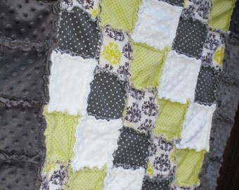 Lime Green, Charcoal Gray & White DAMASK Rag Quilt/Blanket! Perfect baby shower gift, would be adorable boy/girl nursery crib bedding/quilt