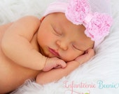 newborn girl take home outfit Newborn Beanie White and Pink Beanie with Bow Portrait Hat Newborn Hospital Hat Baby Girl Infanteenie Bea