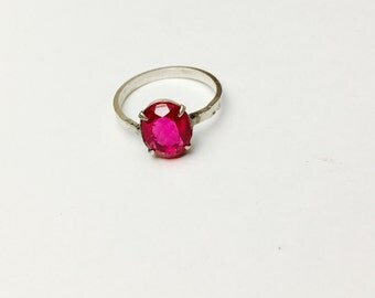 Vintage Red Stone Ring Size 7.5, Sterling Silver, Stamped, Ruby Red, HALF OFF Sale, Item No. S341