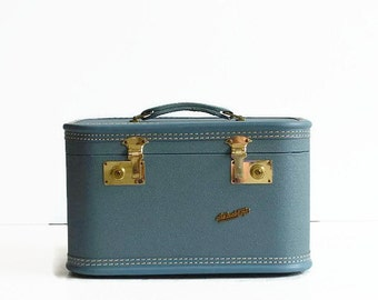 vintage blue train case with tray mirror 1950s 1960s luggage