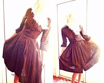 Vintage 1950's Pat Hartly Original shirtwaist dress in brown and black stripe rockabilly retro I Love Lucy kitsch:  medium