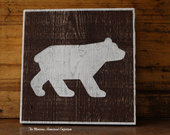 CHOOSE YOUR SIZE - Bear alert sign Bear viewing sign National Park sign wood sign bear signs Papa Bear black bear cabin decor Lodge decor
