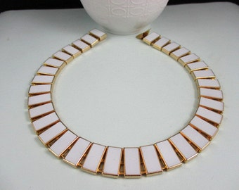 Classy White Enamel Gold Tone Necklace Choker