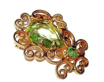 """Fashion Brooch Pin Lime Green Rhinestones Gold Metal Wire Scroll Hearts 1.5"""" Vintage"""