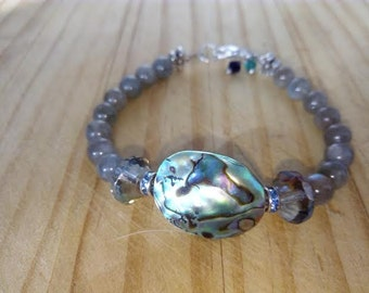 Albalone bracelet with labradorite and crystal