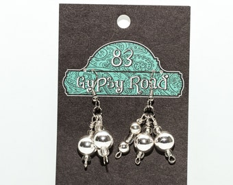 E060 - Glass & Silver ball earrings