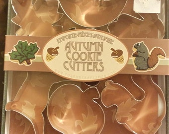 New in box, 7 Autumn cookie cutters
