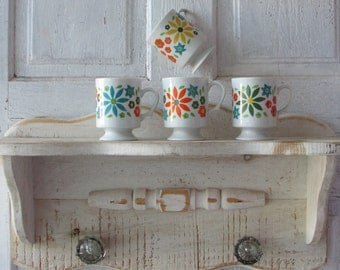 Vintage footed MUGS groovy seventies retro kitchen cups set of four Sonnet made in Japan