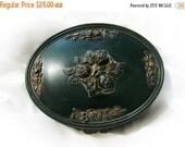 20% Heart Sale Vintage Hunter Green Oval Lidded Dresser Wood Box Floral Motif