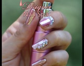 Pink Chrome Gel Artificial Nail Art