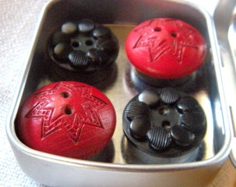 4 Red and Black Button Magnets in Metal gift Box, Vintage Buttons, Handsome, Useful Office,Colorful Fridge Magnets,Bulletin Board Magnets