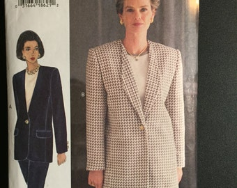 Vogue Sewing Pattern 8916 The Vogue Woman Misses and Misses Petite Jacket Size 12-16