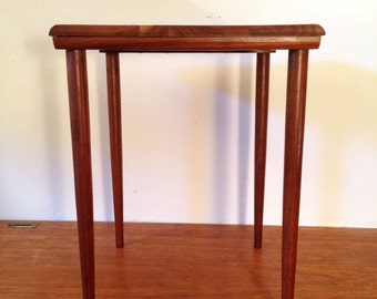 Vintage Small Side TABLE Mid Century Modern OZARK WALNUTWARE Occasional/Accent Low