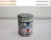 ON SALE Vintage Mid Century Little Tea Tin Made in Hong Kong