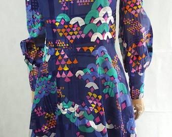 60s/70s Vintage Psych Art Deco Print Scooter/Mini Dress.