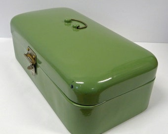 Green enamel vintage bread box.