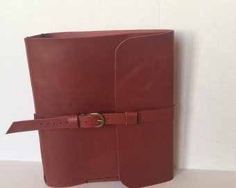 "Ring Binder Leather Case/2"" Round Ring Binder Portfolio/Handmade Leather Binders/Custom Orders"