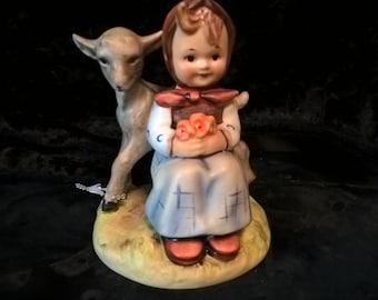 """Hummel Figurine  """"Good Friends""""  #182  TMK-5"""