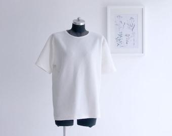 SALE / White vintage T-shirt, Womens Short Sleeve Tee