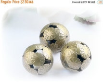 ON SALE NEW! Iron Flowers Cluster Beads, Nickel Free, Round, Antique Bronze Color 16 mm (10)