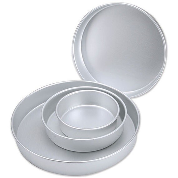 round wedding cake pans items similar to four cake pans baking tools 7145