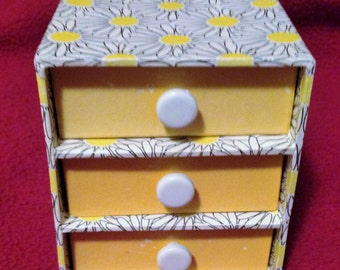 Paper jewerly box with drawers from the 60's.