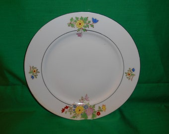"""One (1), 9"""" Porcelain Plate, from Trico, of Nagoya, Japan, in a floral Design."""