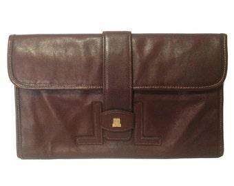 LANVIN 80's Vintage elegant dark wine leather mini document clutch bag with iconic golden L logo motif. Classic Jige type purse for unisex.