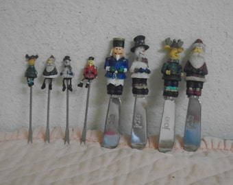 Four Vintage Christmas Cheese Spreaders and Four Hors D'oeuves Picks, / Hand Carved / Hand Painted