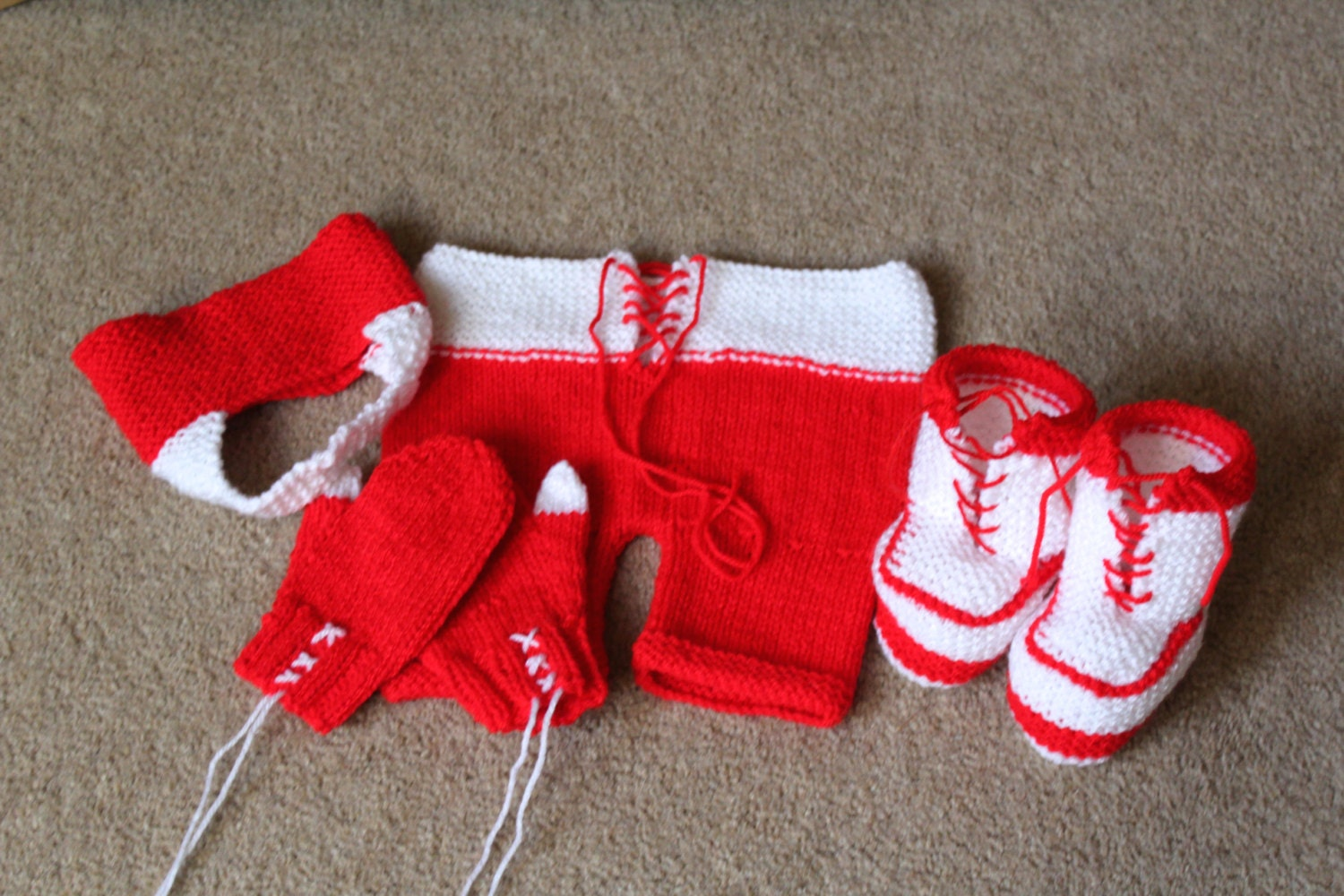 KNITTING PATTERN Baby Rocky Boxer Photo Prop Set Hat Bow Tie Shorts Bootees S...