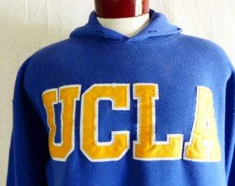 Go Bruins vintage 90's UCLA University of California Los Angeles blue fleece hoodie sweatshirt yellow white embroidered applique logo Large