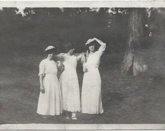 Old Photo Women wearing  Long White Dresses 1910s Photograph snapshot vintage