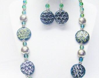 Green Splatter Glass w/Silver Flower Disc Bead Necklace/Bracelet/ Earrings Set