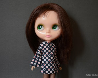 Bell sleeved floral patterned retro mod style dress for Blythe Pullip Dal licca and similar dolls