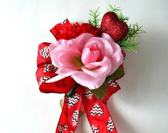 Red and pink Valentine's Day gift bow/ Holiday gift Wrapping bow/ Holiday home decor/ Valentine's Day party decoration/ Gift for women (V69)
