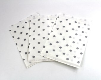 50 5x7 Silver Polka Dot Paper Gift bags, Merchandise Bags, Gift Bags 5x7 inch Bags, Wedding Favor Party Bags, Silver Birthday Favor bag
