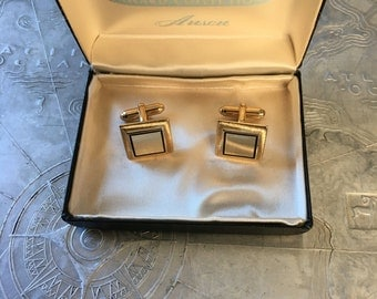 Vintage Anson cuff links in original box beautiful gold square with black square  Award Collection