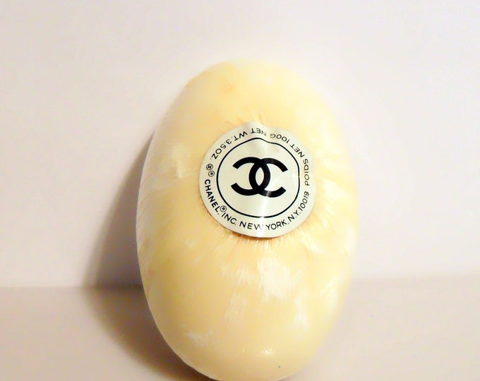 Vintage 1960s-1970s Chanel No. 5 by Chanel 3.5 oz Oval Perfumed Soap Cake