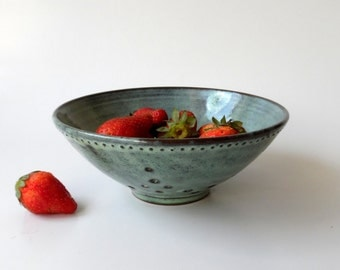 Pottery, Ceramic Berry Bowl in Mint Green, Mother's Day Gift by Cecilia Lind, StudioLind