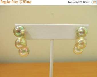 ON SALE Vintage Bubble Plastic Earrings Item K # 2274