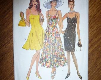 Vogue Easy Options Pattern 8314 Misses'/ Misses' Petite Dress  Sizes 6-8-10 Available