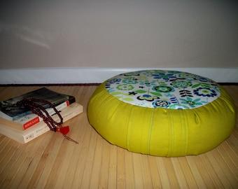 "UNFILLED Zafu Meditation Cushion. Floor Pillow. Bright Green w. Floral Print. OOAK. 6""Sidewall Zipper. 15x5. USA made"