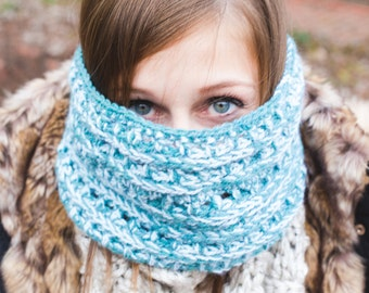 Avery Cowl