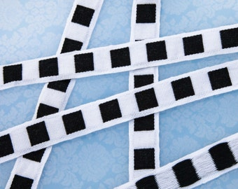 """6 5/8 Yards of Vintage 1"""" Woven Trim. White with Black Checks. Sewing, Crafts, Applique. Sewing Trim. Crafts. Well Made.  Item 3938T"""
