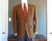 FANTASTIC Vintage Southwick Brown Herringbone Tweed Jacket 42 R. Made in USA.
