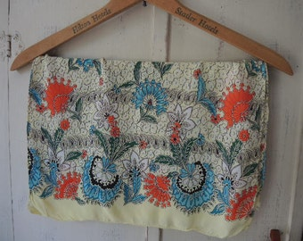 Vintage 1940s scarf pale yellow floral 17 x 42 inches