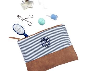 Seersucker Travel Case, Make Up Case, Monogrammed Bridal Party Gift, Bridal Party Bag,  Travel Bag, Monogrammed Tote