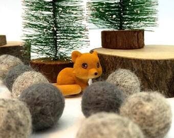 Miniature Fox Figurine Terrarium Foxes Pot Planter Fairy Garden Cake Topper
